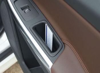 2 pcs porta da frente recipiente braço caixa de armazenamento de cartão telefônico para VOLVO S60 V60 2011-2015