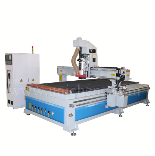 Jinan outstanding discal ATC cnc router machine for wood
