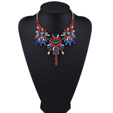 Fashion Necklaces for Women 2017 Luxury Choker Collars Necklace Pendants Multicolor Crystal Statement Accessories Jewelry