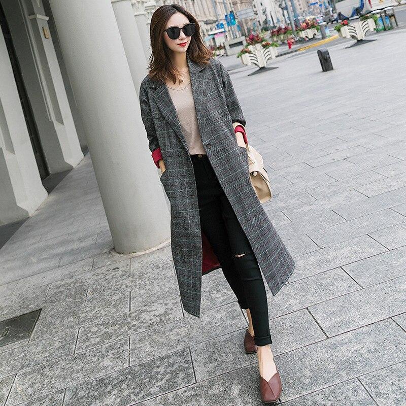 Fashion/ Leisure/ Spring And Autumn New Fashion Plaid Windshirt Coat