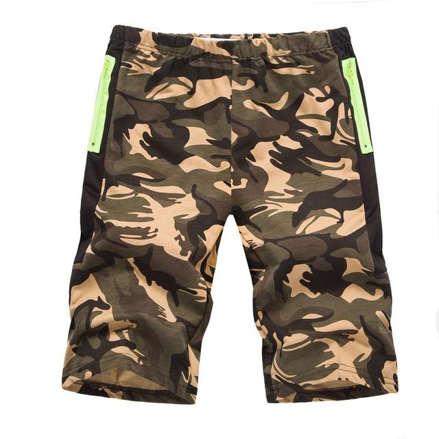 7bd89c296c Nuevo estilo 2018 de los hombres pantalones cortos de camuflaje moda  militar de camuflaje de algodón