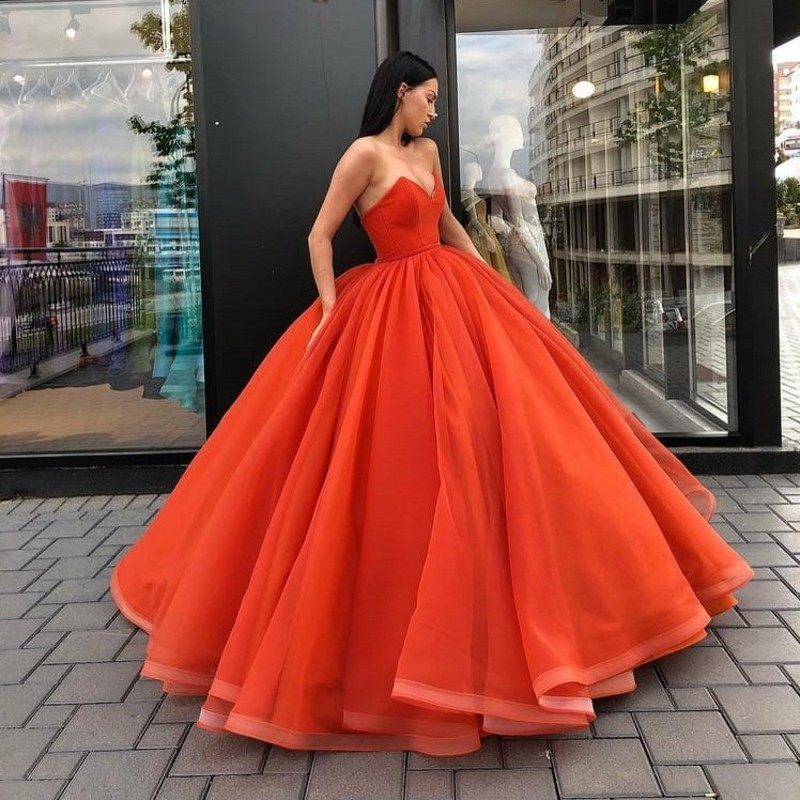 Hot Coral Red Puffy Long Prom Gowns 2018 Abendkleider