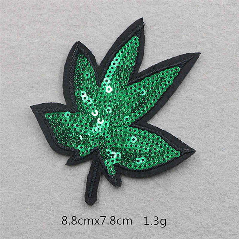 Embroidery Appliqued Patches Green Maple Leaf Sequins Sew-on Patch For Hoodies DIY Scrapbooking Craft Decorations 8.8*7.8cm 1 PC
