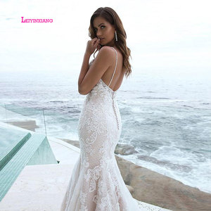 Image 3 - LEIYINXIANG  Luxury Bride Dress 2019 Wedding Dress Vestido De Noiva Sereia Robe Sexy Mermaid BacklessElegant Appliques V Neck