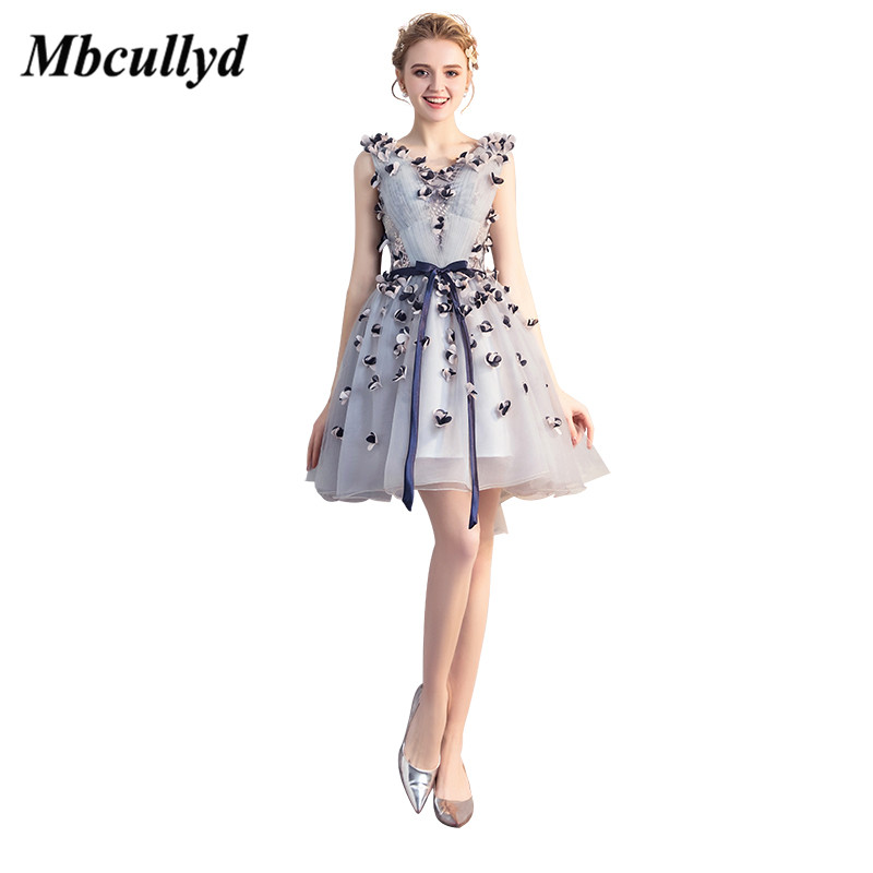 Mbcullyd V-neck Graduation Dresses 2019 Sexy Short Mini Special Occasion Dress Charming Hand Flowers Vestido de formatura Cheap