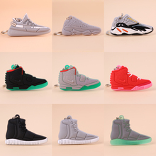 Keychain Mini Silicone 350 500 700 750 WAVE RUNNER Shoe Key Chain Woman Men Kids Gift Key Ring Basketball Sneaker Porte Clef mini silicone sply 350 v2 shoes keychain woman bag charm men kids key ring gift sneaker key chain acessorios porte clef