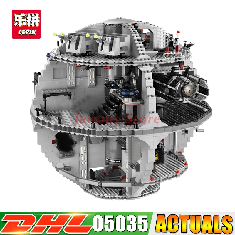IN STOCK LEPIN 3804pcs 05035 Death Star Building War Block Bricks Toys Kits Compatible 10188 Educational Gift for Children new lepin 05035 star wars death star 3804pcs building block bricks toys kits compatible legoed with 10188 children educational