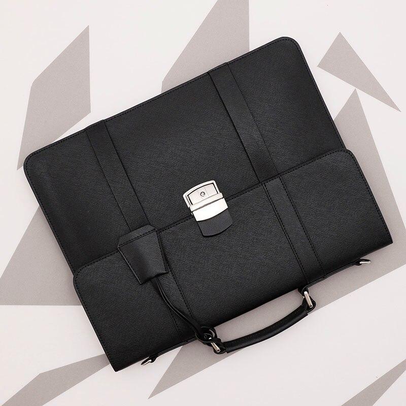 Simple Business Men's Handbag Casual Shoulder Bag Large Capacity Genuine Leather Briefcase.