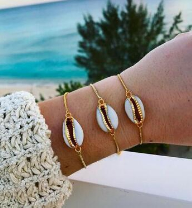 New Fashion shell bracelet Style Wholesale gold color in fashionable chain for women