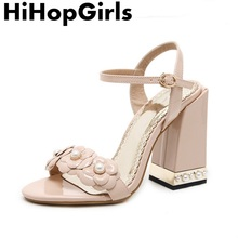 HiHopGirls Summer Rome Patent leather Thick with Pumps Women Sandals sexy  High Heels fashion pearl Flowers 5211da0e450b