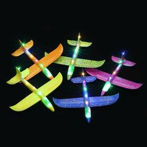 Image 2 - 2019 diy crianças brinquedos mão jogar voando planador aviões espuma avião modelo festa saco enchimentos voando planador avião brinquedos para jogos