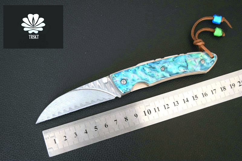 цены TRSKT Damascus steel knives Outdoor folding knife Camping Survival Pocket Knife Outdoor Tools Shell + Steel Hnalde Dropshipping