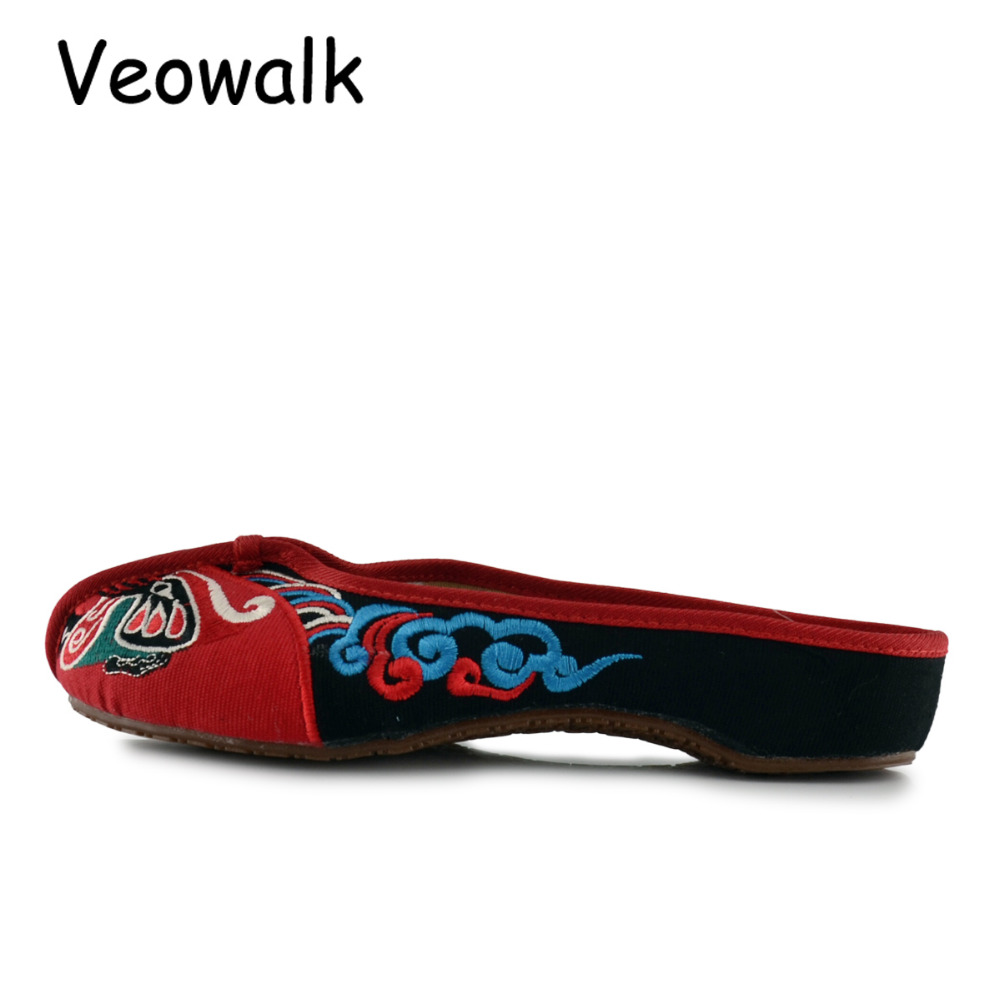 Veowalk Handmade Opera Embroidery Women Summer Shoes Fashion Women Old Beijing Home Slippers Casual Soft Shoes Mujer Plus Size 4