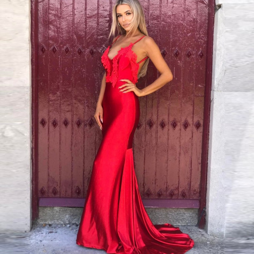 Lace Floral Red Open Back Party Dress Spaghetti Strap Deep V Neck Maxi Dresses Padded Mermaid