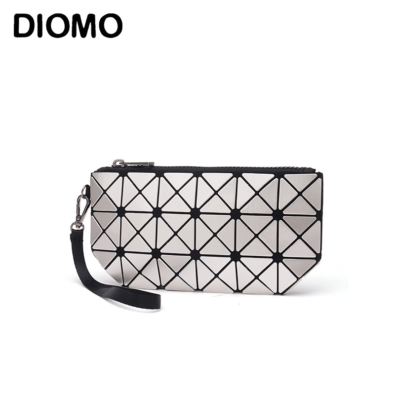 DIOMO laser hologram bag women clutches fashion geometric plaid wrist bag hand bag organizer makeup bag 2015 vintage hologram bag folding hand strap zipper day clutch bag laser hologram envelope bag