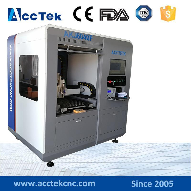Fabbricazione laser CNC 500w 1000w 2000w Mini macchina da taglio laser protetta in fibra di metallo 6040 6090