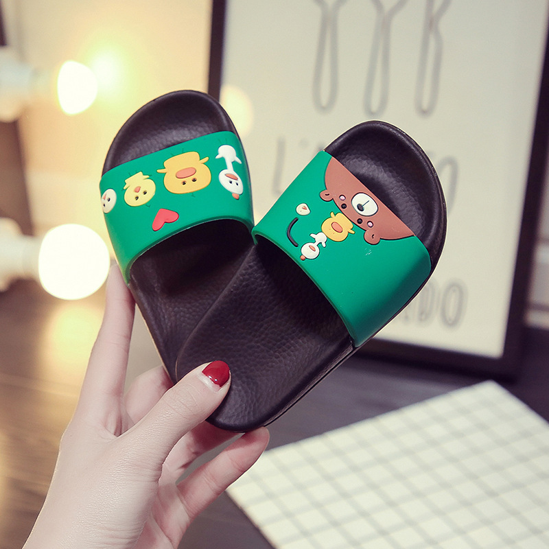 2018Summer Hot Fashion Cartoon Cute Soft Bottom Slippers Outdoor Sandals Home Bathroom Non-slip Comfort Sandals Boys Girls Shoes