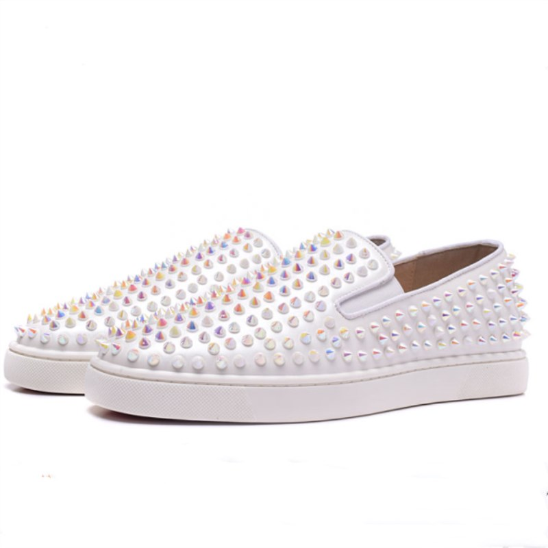 Studded Spikes Shoes Women Vulcanization Shoes Slip On Woman Breathable Luxury Design Casual Flats white Shoes Sneakers Women's studded decorated slip on sneakers