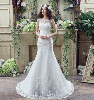Romantic A Line Lace Tulle Wedding Dress Scoop Neckline Low Back 50 CM Long Length Train 2018 Spring Woman Princess Bridal Gown