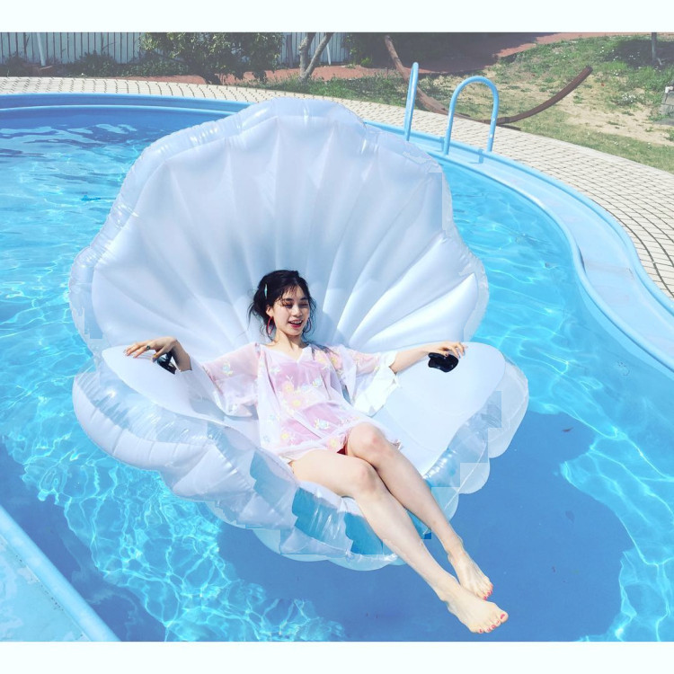 transparent   Inflatable Sea Shell  clam shell swimming pool toys for adults and children Large130*170*1   with pumper environmentally friendly pvc inflatable shell water floating row of a variety of swimming pearl shell swimming ring