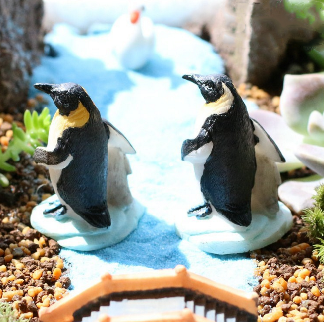 1Pcs/set Cute Penguin Mother Baby Animal Miniature Fairy figure toys Houses Decoration Mini Craft Micro Decor DIY Accessories