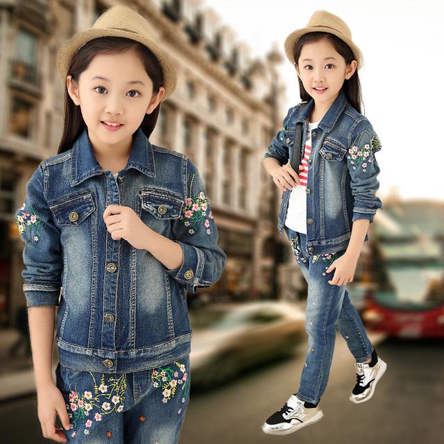 2016 la Primavera y el otoño clásico de la manera del vaquero de los niños juego de las muchachas niño grande bordado peach blossom jeans de dos piezas conjuntos