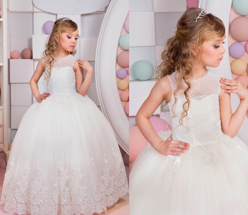 где купить 2017 Puffy White First Communion Gowns Sleeveless Ball Gown Lace Up O-neck Appliques Flower Girl Dresses Vestidos Longo Any Size дешево