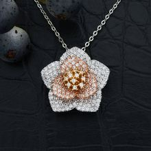 High Quality Hot Sale Blooming Flower Pendant Necklace Luxury Cubic Zirconia Fashion Brass Bijouterie Gift