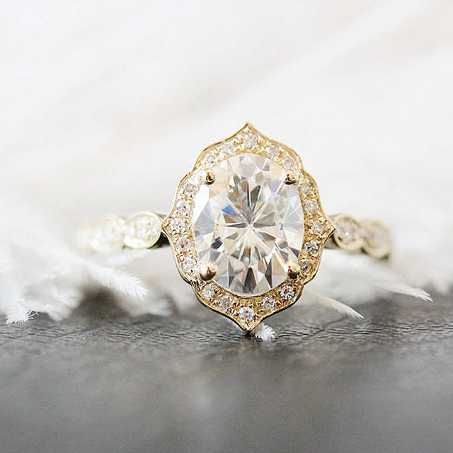 Unique Wedding Ring 7x9mm Oval Cut Moissanite Engagement Ring 14k