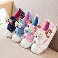 Primavera 2016 novas crianças lona calçados esportivos infantis sapatos da criança luz confortável sapatos casuais