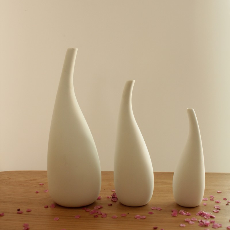 1 pcs graceful white ceramic vase decorative ceramic vases for Home decor vases