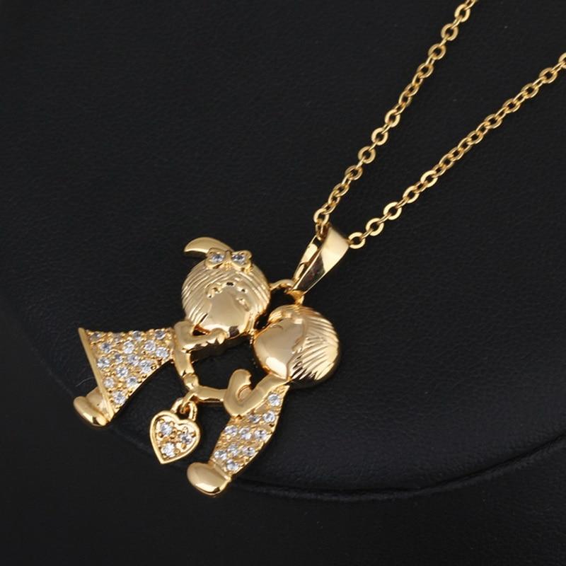 e3e2b3be0e9d € 3.83 |1 pieza de oro color corazón beso pareja cadena colgante collar con  circonita blanca amantes regalo para novia 45,5 cm K83576-in Collares ...