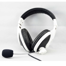 Professional Gaming Headphone USB Gaming Headset built-in sound card 40mm speaker super bass computer headsets with mic
