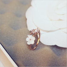 Classic White Conch Flowers Finger Rings AAA Zircon Crystal Rose Color Copper For Women Party Engagement Fine Jewlery Gift