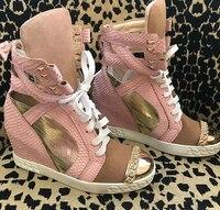 2018 Весна ярко розовый кожи питона Женские повседневные ботинки на шнурках с металлическим носком Дамы увеличение каблук Обувь Золотой кусо