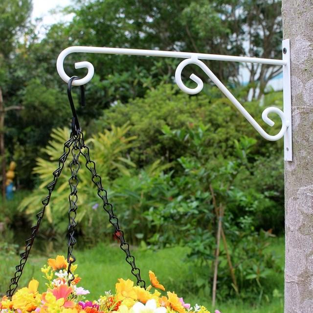 Fotos la maceta el hierro casa dise o - Macetas en la pared ...