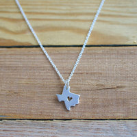 1PCS- Outline Texas Map Necklace With Heart USA TX State Necklace I Heart Love Texas Necklaces Map Geography Necklace