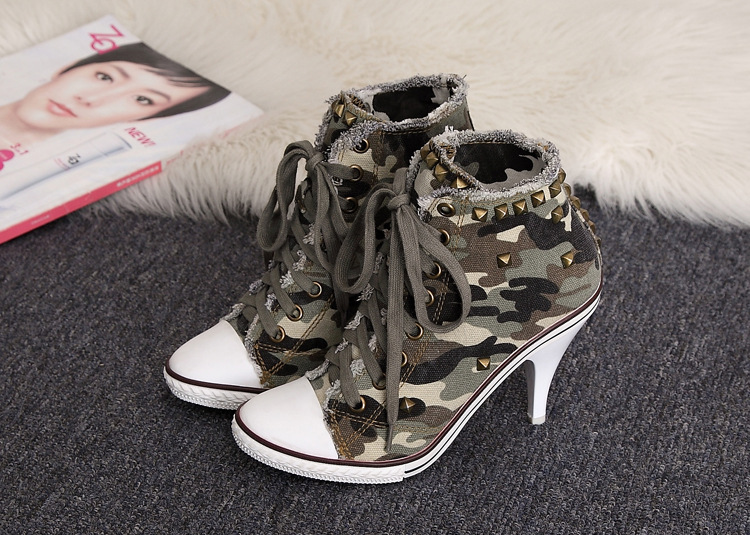 ФОТО Pumps 2017 Sexy  Autumn Winter Shoes Korean High-top Lace High-heeled Cowboy Camouflage Canvas Rivets Camouflage Student Shoes