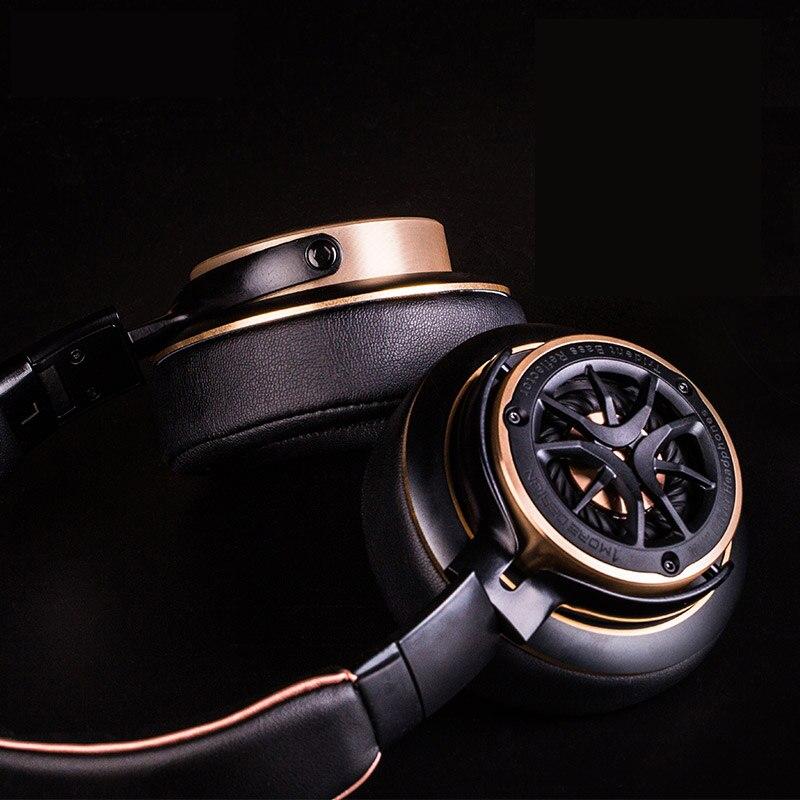 1-MORE-Triple-Driver-Over-ear-Wired-Headphone-Hifi-DJ-Noise-Isolating-on-ear-Headphones-big.jpg