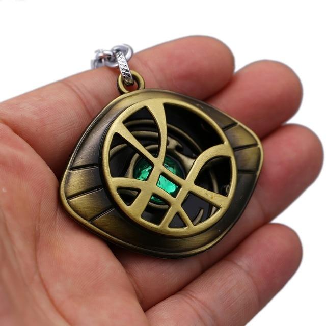 Doctor Strange Keychain Crystal Eye of Agamotto Key Chain Movie Key Ring Holder Pendant Chaveiro Jewelry Souvenir