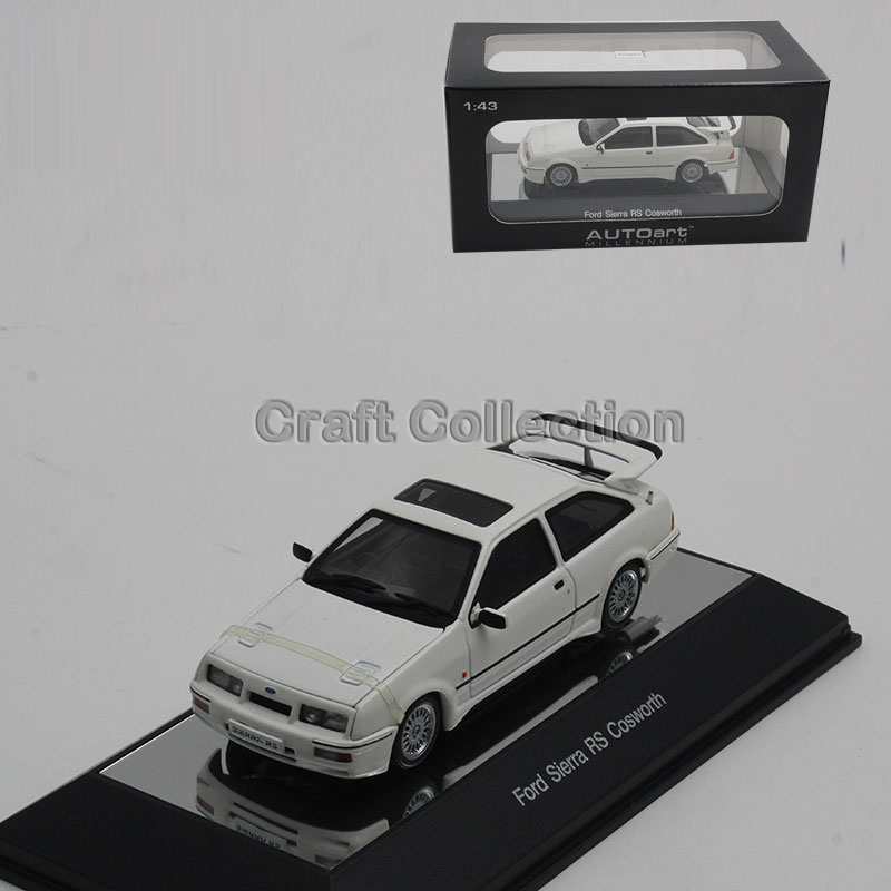White 1:43 Ford Sierra RS Coswoth Diecast Model Car Classic Race Car Replica Luxury Collection Miniature