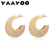 Фотография YAAYOO Fashion Stud Earring Woman Minimalist Big Geometry Earrings Pendants for Women New Women