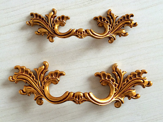 2.5 3.75 Dresser Drawer Pulls Door Handles Gold Bronze Red French Vintage Furniture Cabinet Knobs Pull Handle Hardware 64 96mm dresser knob drawer pull knobs gold kitchen cabinet knobs door handle pull furniture hardware 64 96 128 mm