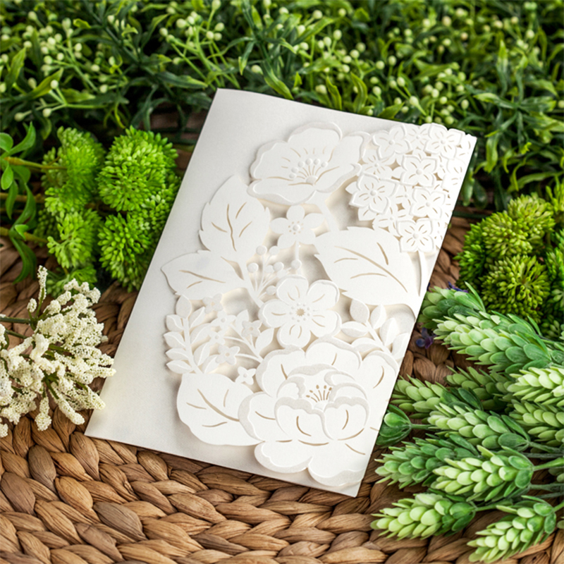 Design Laser Cut Korea Whtie Folding Wedding Invitations Flower Printing Invitation Cards For Party Post Greeting envelope square design white laser cut invitations kit blanl paper printing wedding invitation card set send envelope casamento convite