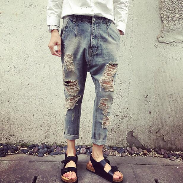 ФОТО Men Ripped Harem Jeans Drop Crotch  Male Destroyed Denim Pants Garment Washed Vintage Calf Length