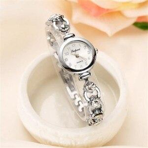Image 2 - Dames élégantes montres bracelets femmes Bracelet strass analogique Quartz montre femmes cristal petit cadran montre Reloj # B