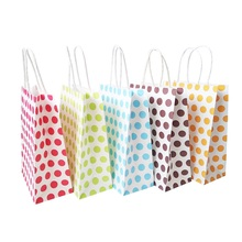 10 Pcs/lot 16x22cm Paper Bags with handles Sweet Colorful Dots For Favors Shops New Year Wedding Party  Decoration Packaging