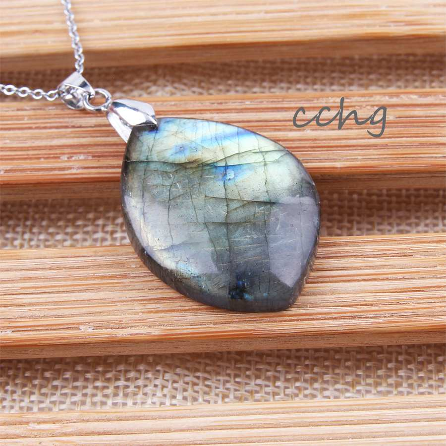 Natural irregular crystal Moonstone Sunstone Labradorite pendant Divination spiritual meditation fashion Jewelry Pendants Beads