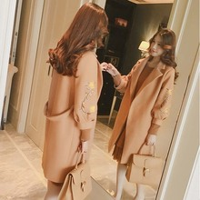 Autumn Elegant Bandage Waist Coats Women Embroidery Lantern Sleeve Turn down Collar Jackets Female Warm Jacket Abrigos Casacos