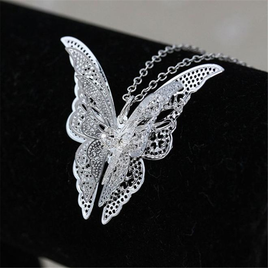 Gorgeous maxi Necklace Women Fashion choker Lovely Butterfly Pendant Jewelery Necklace Chain Gothic Tattoo Lace Choker(China)